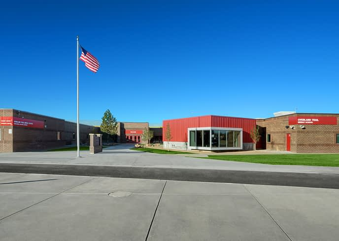 overland trail middle school_1717_03